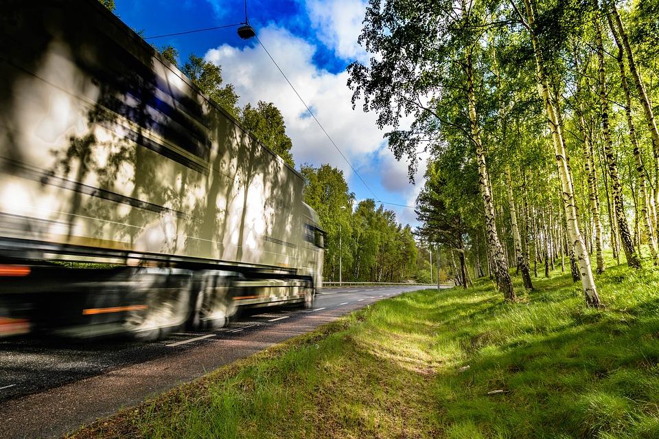 Jak dobrze zaplanować transport międzynarodowy?